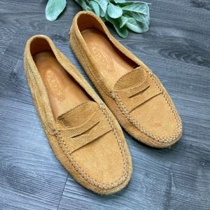 TODS   sz 37.5 suede Gommino driver loafers